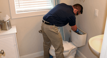 Chelmsford Plumbing Fixing Toilet
